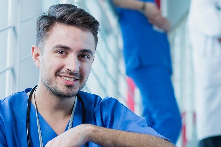 Versicherungsschutz für junge Mediziner – BVOU Netzwerk