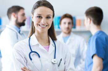 Junge Ärztin - Weiterbildung